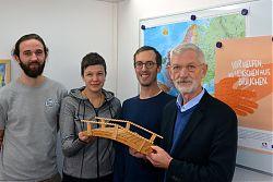 Das Team um Bernd Mühlbrecht kümmert sich um besonders benachteiligte Europäer