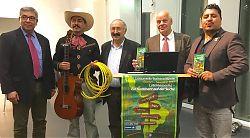 Eröffnung der 8. Lateinamerika-Wochen 2017 mit Dr. Ivo Hernandez, Mariachi Eleazar Carrera, Dr. Ömer Lütfü Yavuz, Richard Halberstadt und Felix Manrique