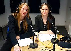 Coraghessan Steinbach und Nele Davids von der BezirksSchüler*innenVertretung (BSV) Münste