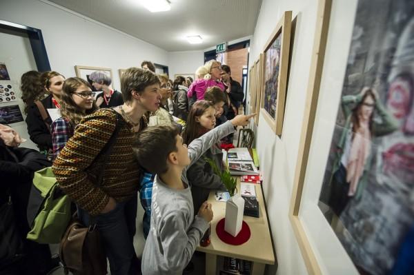 """Ausstellungseröffnung Fotogruppe ABI Südpark in der """"Meerwiese"""" Foto: Thorsten Arendt"""