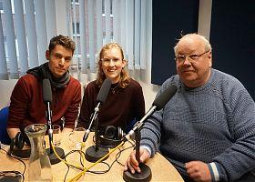 """Steffen Lambrecht und Mali Grab mit Gotwin Elges bei einer ihrer gemeinsamen Sendungen von """"Radio for Future"""" (Archivbild: Klaus Blödow)"""