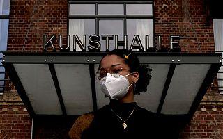 Werke von Aduni Ogunsan sind zurzeit in der Förderpreisausstellung der Freunde der Kunstakademie Münster in der Kunsthalle Münster zu sehen. (Foto: Martin Schlathölter)