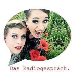 """Madmoiselle Jule Balandat und Fräulein Tina 'La' Werzinger präsentieren """"Klatschmohn"""""""