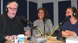 Moderator Volker Maria Hügel mit Hevroun Mohammad und Tatjana Kirova von der GGUA Flüchtlingshilfe