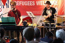 """Das Duo """"Kaum ein Vogel"""" auf dem Luftruinen-Festival"""