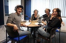Florian Bender und Silvia Drobny mit den Studiogästen Tanja Weidner und  Isabel Nagel (Foto: Hanna Wiedenhaus)