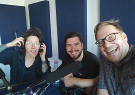 Steffi Köhler, Paul Sattler und Dennis Welpelo hörSpielerisch im Studio (Foto: D. Welpelo)