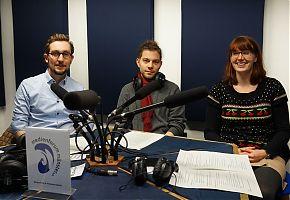 Moderator Fabian Lickes (Mitte) mit Damian und Ina vom Ernährungsrat i.G aus Münster