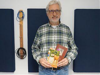 Gernot Beger stellt zwei seiner Bücher im Studiogespräch vor