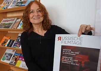 Gudrun Wolff präsentiert die russischen Filmtage (Foto: Ralf Clausen)