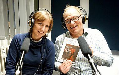 Jutta Hebbeler und Ralf Clausen stellen mehr oder weniger passende Musik zu den Russischen Filmtagen vor. (Foto: Ezgi Keskin)