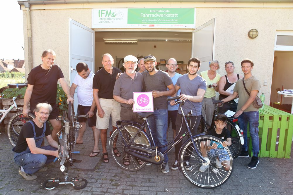 Das Team der Internationalen Fahrradwerkstatt